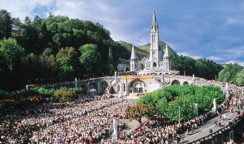 Lourde France  City pictures : Notre Dame du Rosaire à Lourdes | CoCorico ! French Culture