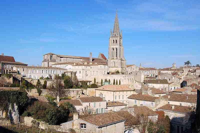 Saint-Émilion, ville blanche ?