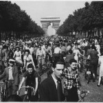 "WWII,_Europe,_France,_Civilians,_""Hour_of_Triumph,_Parisians_join_the_parade_down_Champs_Elysees_from_the_Arch_de..._-_NARA_-_196298"